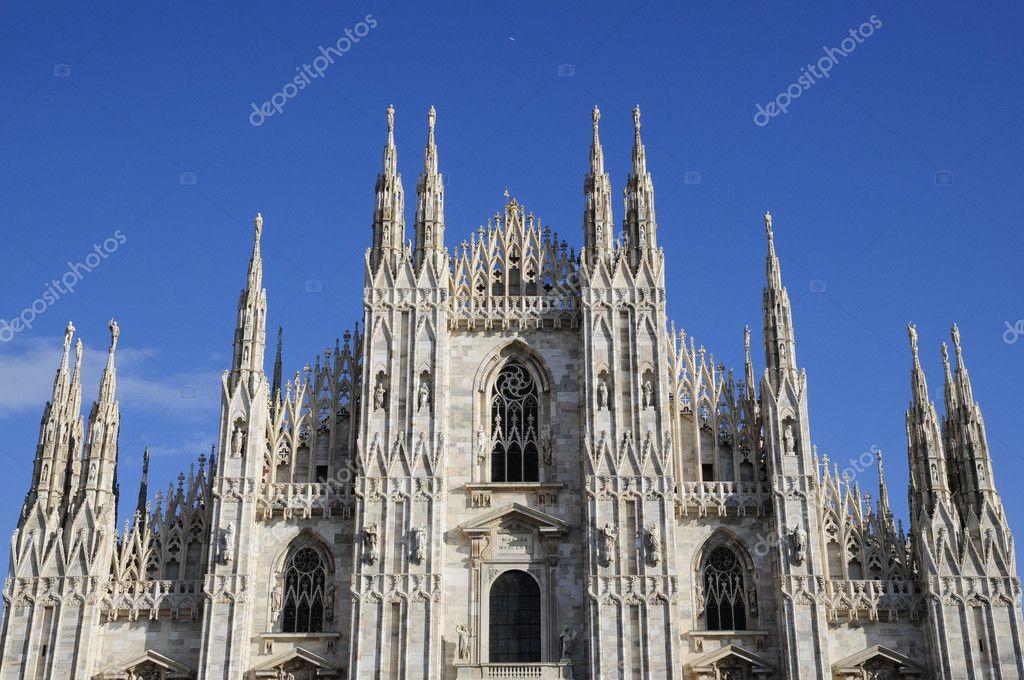 米兰大教堂的哥特式建筑