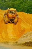 Heavy bulldozer working — Stock Photo