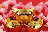 传统中国黄金锭 — 图库照片