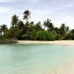 Lone paradise island — Stock Photo #2178475