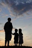 Silhueta de uma família — Foto Stock