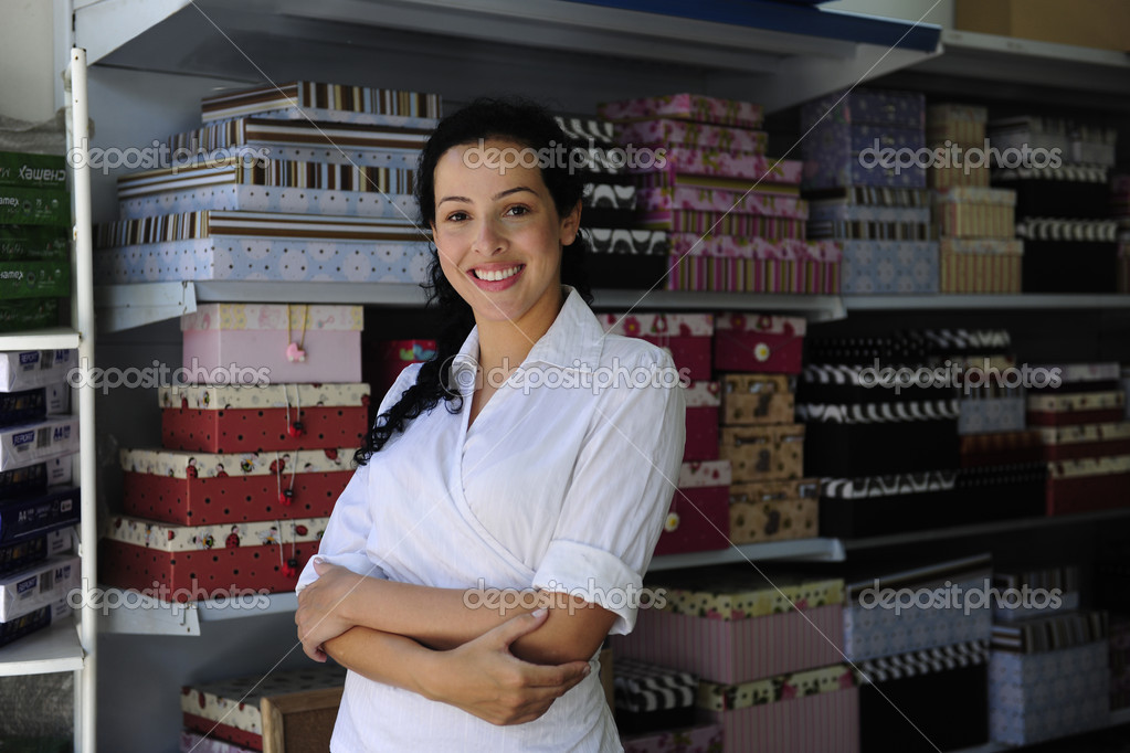Portait of  a proud and confident retail store owner — Stock Photo #2158719