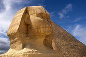 Sphinx och pyramid — Stockfoto