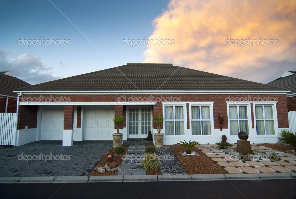 Face brick house stock photo heinschlebusch 2322289 for Face brick homes