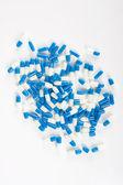 Cápsulas de la píldora en blanco — Foto de Stock