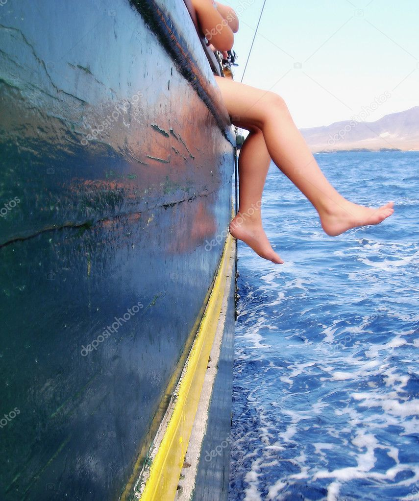 Boy sitting on the ship — Stock Photo #2175840
