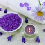 Aroma candle and marine bath salt — Stock Photo