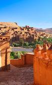 Traditionellen marokkanischen kasbah — Stockfoto