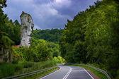 Road in a beautiful scenery — Stock Photo