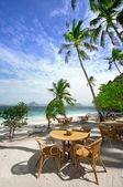 Beach dining — Stock Photo