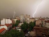 Tormenta de rayos de luz del día — Foto de Stock