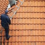 Roofer doing repair — Stock Photo #2210056