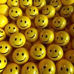 Yellow happy smilies — Stock Photo #2202075