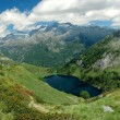 High resolution mountain landscape with alpine lake — Stock Photo