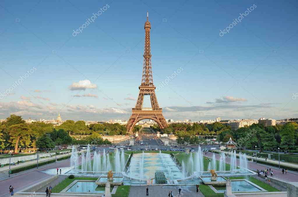 The Eiffel Tower seen from Trocadero, Paris, France. — Lizenzfreies Foto #2298750