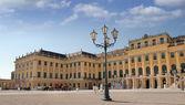 Fachada del palacio de schönbrunn. viena, austria. — Foto de Stock