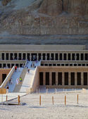 Hatshepsut temple 03 — Stock Photo