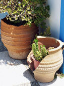 Broken pottery — Stock Photo