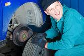 Mechanic in garage — Stock Photo
