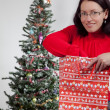 Woman with christmas presents - 图库照片