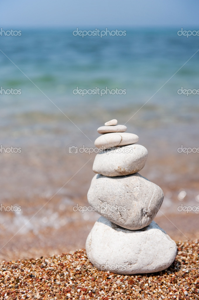 Stacked pebbles for rest and relaxing at the beach — Stock Photo #2171551