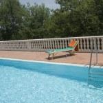 Luxury swimmingpool — Stock Photo