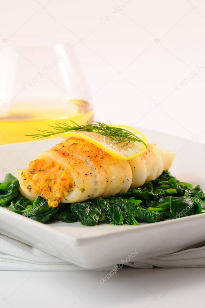 Delicious dinner of sole stuffed with crab. — Stock Photo #2225818