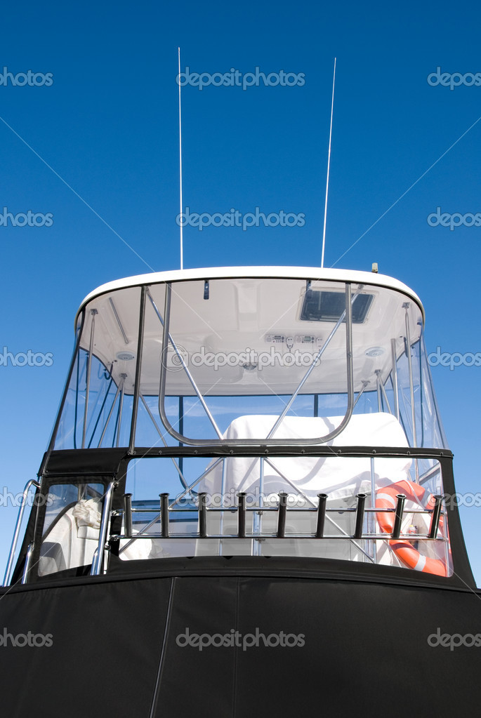 The Cabin of a luxury pleasure cruiser, berthed in Nelson Bay, New South Wales, Australia — Stok fotoğraf #2225596