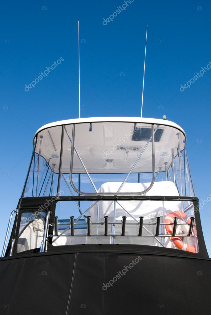 The Cabin of a luxury pleasure cruiser, berthed in Nelson Bay, New South Wales, Australia — Foto de Stock   #2225596