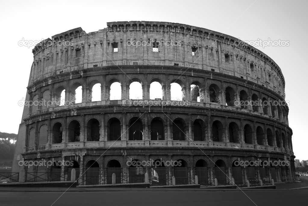 One of Italy's most popular tourist attractions - the Colosseum in Rome — Stock Photo #2241053