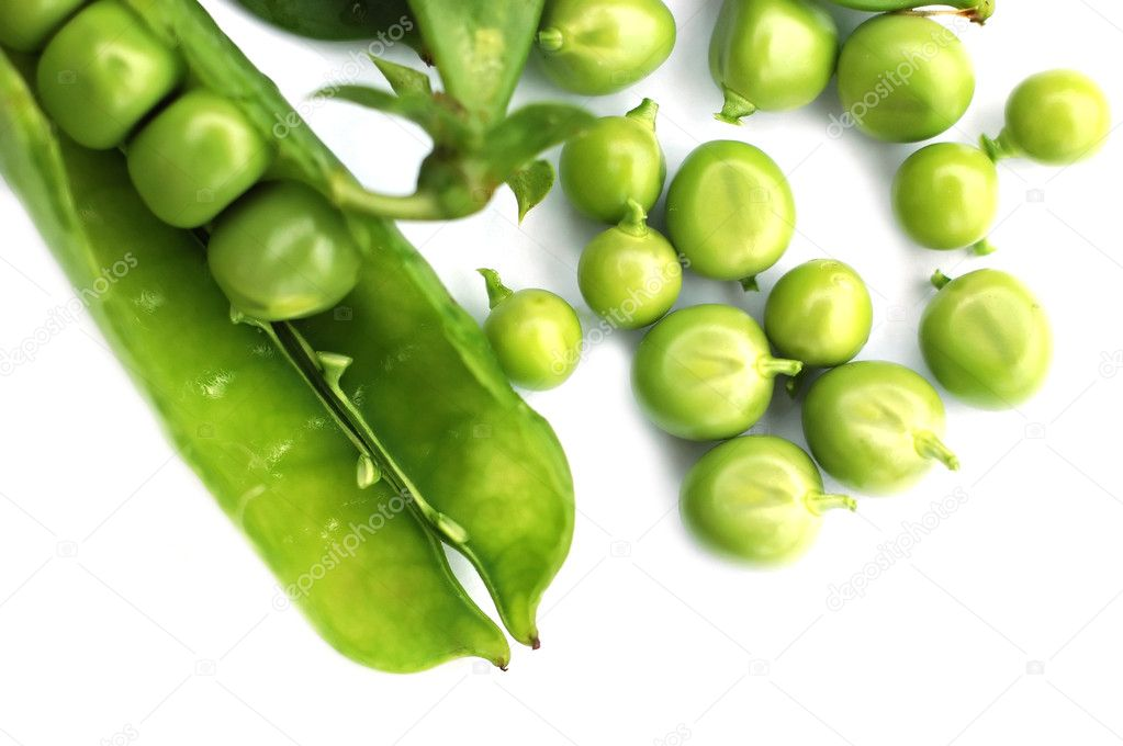 Peas on a white background — Stock Photo #2245231