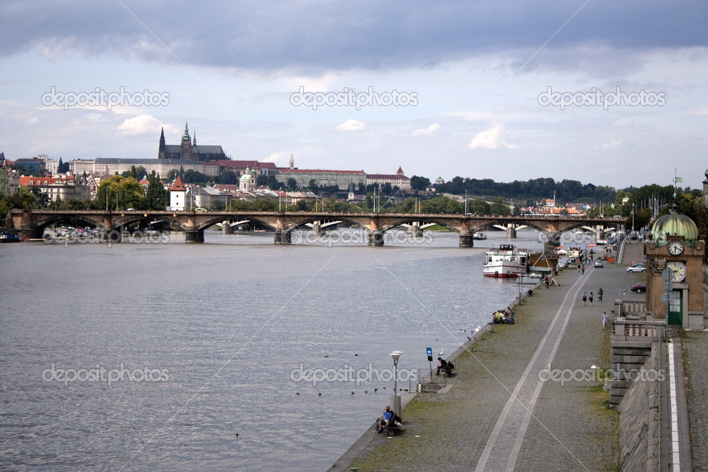 Prague castle and paved vltava riverbank  — Stock Photo #2234533