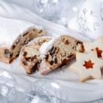Christmas cake and cookies — Stock Photo