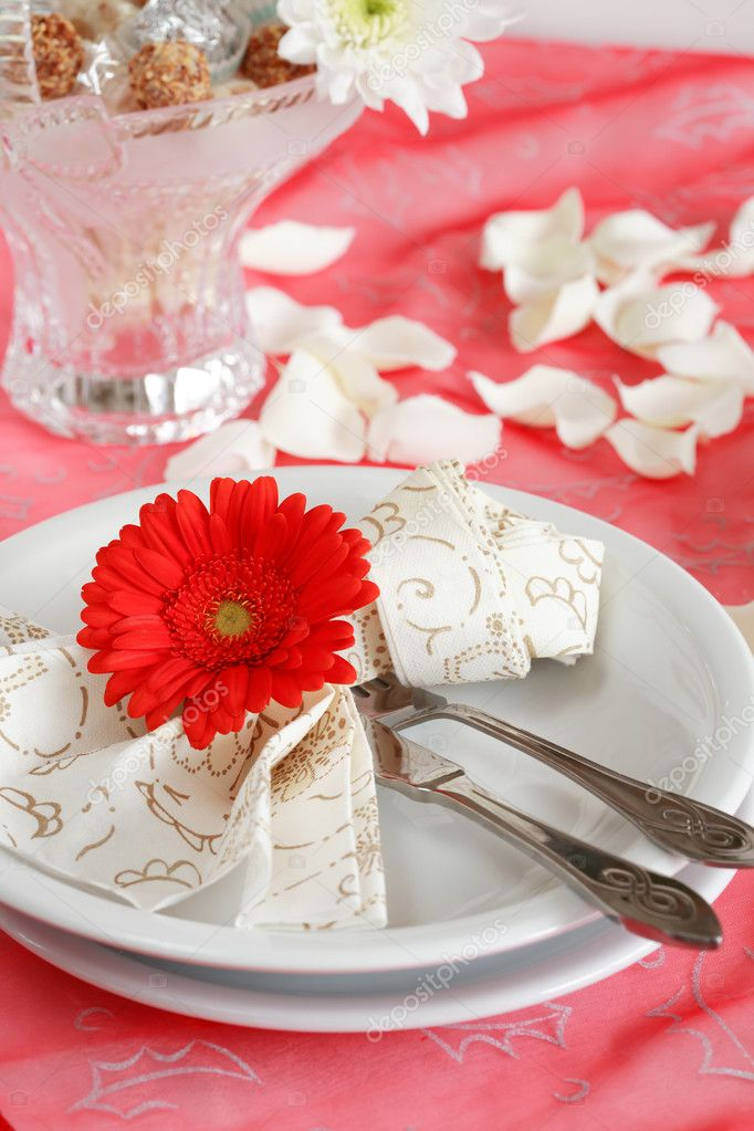 Romantic table setting for Valentine, birthday or other event — Stok fotoğraf #2228490