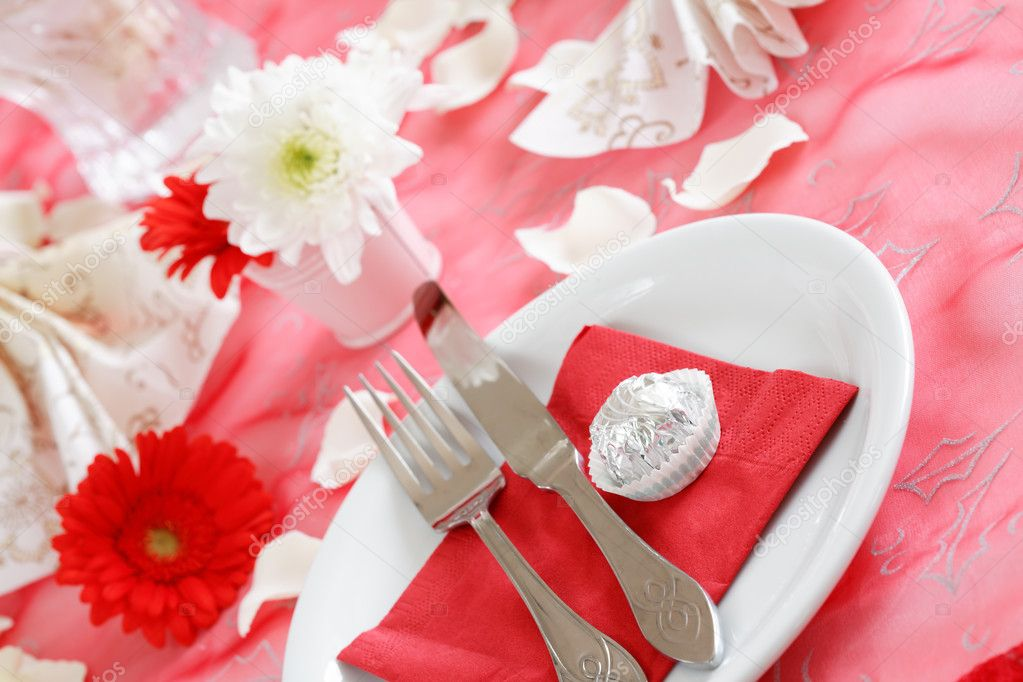 Romantic table setting for Valentine, birthday or other event — Stock Photo #2230022