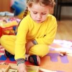 Cute child playing — Stock Photo
