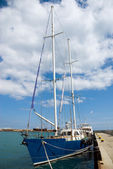 Sailing yacht at the marina — Stock Photo