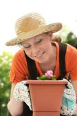Young woman - gardening — Stock Photo