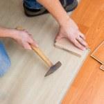 Laying laminate floor — Stock Photo #2277402