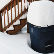 Snow covered recycle bin — Stock Photo