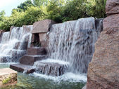 FDR Memorial waterfall fountain 3 — Stock Photo