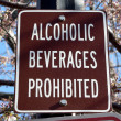 Photo of a sign prohibiting alcohol consumption — Foto de Stock