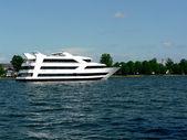 řeka výletní loď — Stock fotografie