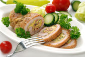 Stuffed turkey meat and vegetables — Stock Photo