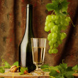 Vintage still life of white wine — Foto de Stock
