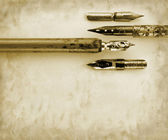 Vintage pens background — Stock Photo