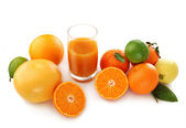 Zitrusfrüchte und -saft — Stockfoto