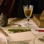 Vintage arrangement with wine — Stock Photo