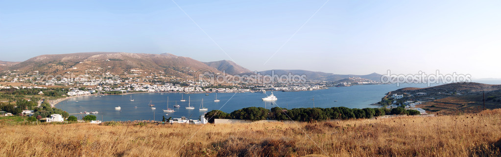 A panorama of the bay at Antiparos, Greek Islands — Stock Photo #2297792