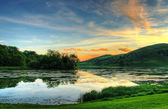 Magical sunset over lake — Stock Photo